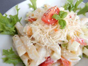 Svěží těstovinový salát
