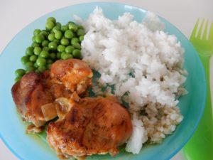 Kuřecí stehýnka shráškem a rýží